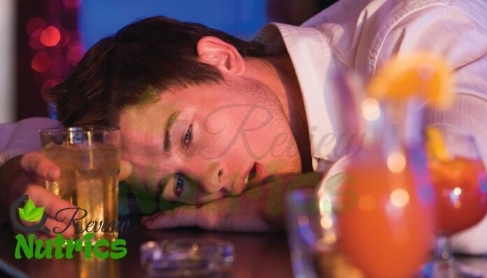 Alcohol Poisoning: What is Alcohol Poisoning, Causes, Symptoms, Risk Factors